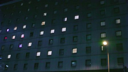 乱交_ホテル_夜01